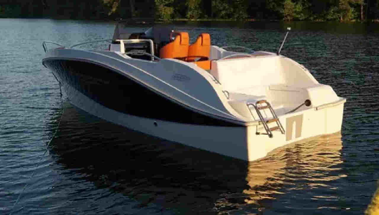 Oki Boats Barracuda 686
